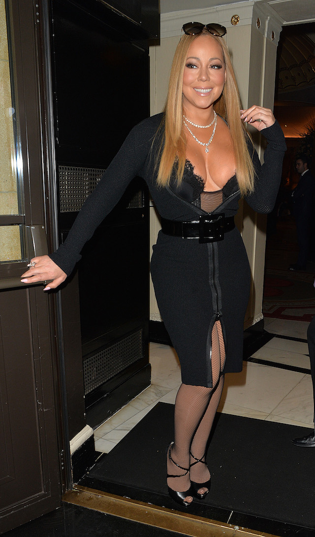 Singer Mariah Carey arriving at the Dorchester Hotel to perform at a wedding. <P> Pictured: Mariah Carey <B>Ref: SPL1420357 150117 </B><BR /> Picture by: Gotcha Images / Splash News
