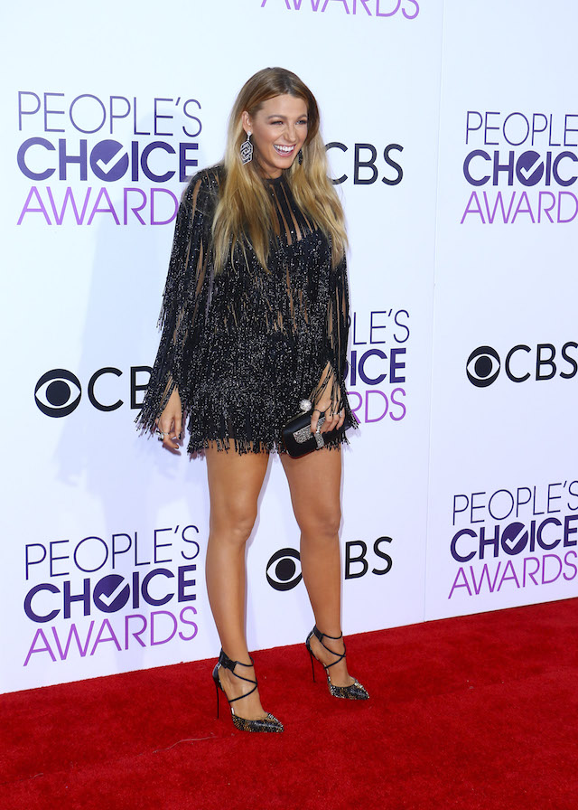 Blake Lively arrives at the People's Choice Awards held at the Microsoft Theater in Downtown LA. Pictured: Blake Lively Ref: SPL1424842 180117 Picture by: ITM / Splash News Splash News and Pictures Los Angeles:310-821-2666 New York: 212-619-2666 London: 870-934-2666 photodesk@splashnews.com