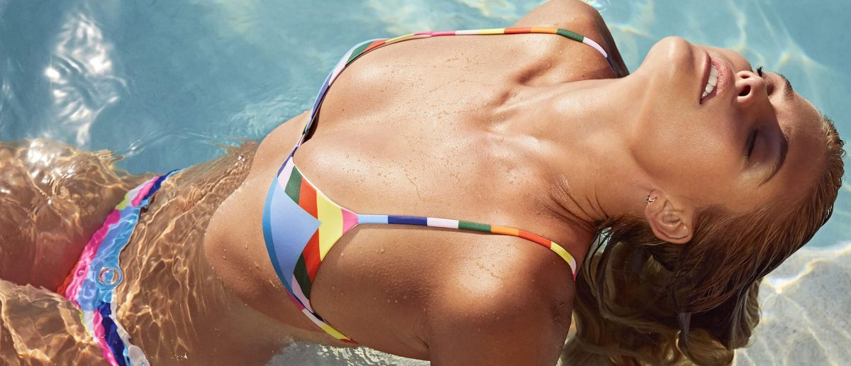 Nina Agdal shows off swimsuits for Shopbop. (Photo: Splash News)