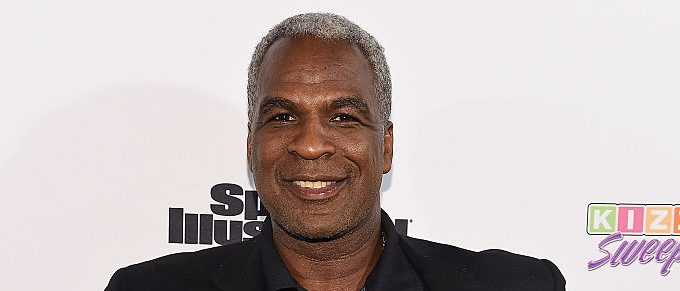 NBA Legend Charles Oakley attends the Sports Illustrated & KIZZANG Bracket Challenge Party at Slate on March 14, 2016 in New York City. (Photo by Dave Kotinsky/Getty Images for Sports Illustrated)