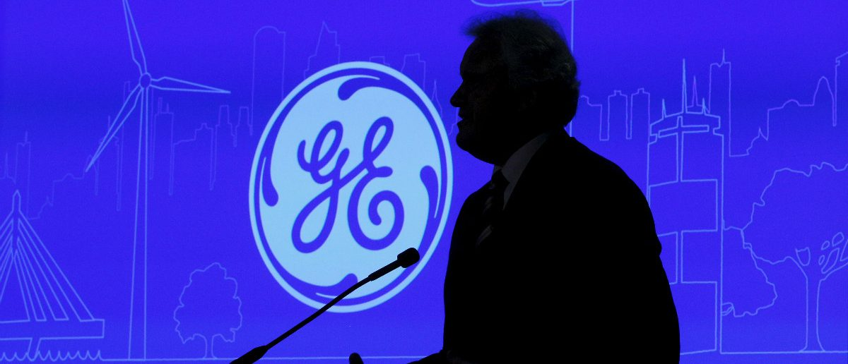 General Electric Co Chief Executive Jeff Immelt speaks at a news conference to discuss the company's plan to move its headquarters to the city of Boston in Boston, Massachusetts, April 4, 2016. REUTERS/Brian Snyder