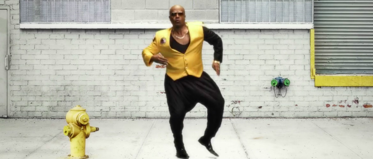 MC Hammer YouTube screenshot/TheStarburstChannel