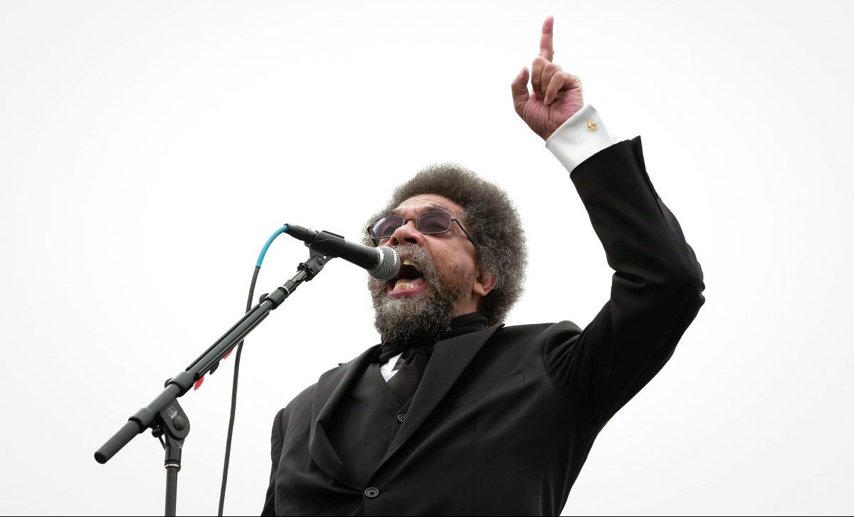 Cornel West speaks at a campaign rally for Democratic U.S. presidential candidate Bernie Sanders in San Francisco, California, U.S. June 6, 2016. REUTERS/Elijah Nouvelage - RTSGBMY