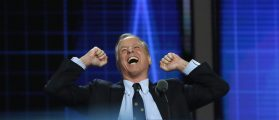 Former Vermont Governor Howard Dean raises his fists as he speaks at the Democratic National Convention in Philadelphia, Pennsylvania, U.S. July 26, 2016. REUTERS/Mark Kauzlarich - RTSJT6O