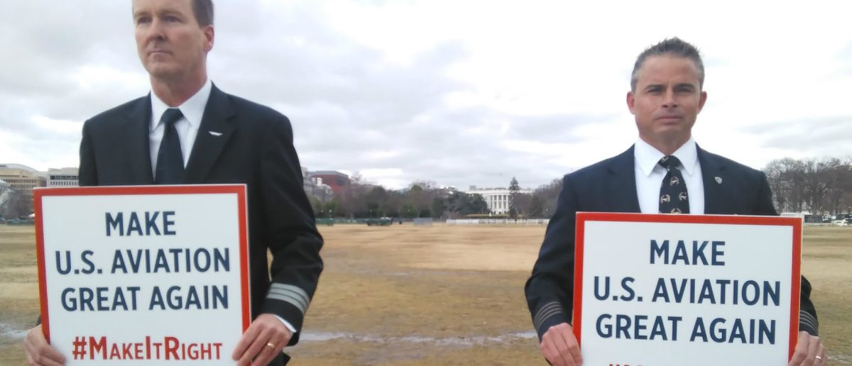 Pilots rally outside the White House Jan. 24: Ted Goodman/TheDCNF