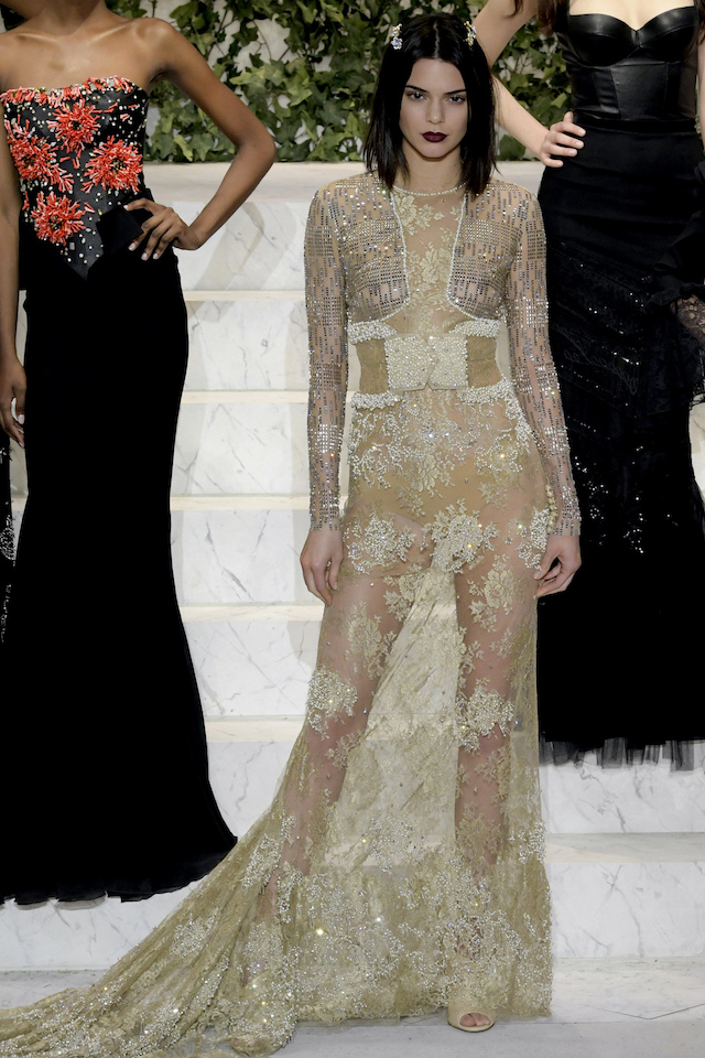 NY LA PERLA Fall Spring 2017 Ready to Wear-Models Kendall Jenner- Naomi Campbell -Joan Smalls- Isabeli Fontana Pictured: Kendall Jenner Ref: SPL1438114 100217 Picture by: Newspictures†/ Splash News Splash News and Pictures