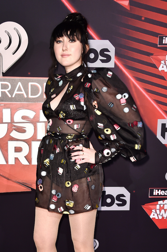 INGLEWOOD, CA - MARCH 05: Singer Noah Cyrus attends the 2017 iHeartRadio Music Awards which broadcast live on Turner's TBS, TNT, and truTV at The Forum on March 5, 2017 in Inglewood, California. (Photo by Alberto E. Rodriguez/Getty Images)