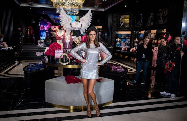 Brazilian model Alessandra Ambrosio poses for pictures during an opening event of the Victoria's Secret shop in Shanghai March 8, 2017. Lingerie brand Victoria's Secret opened its first flagship store on the Chinese mainland. / AFP PHOTO / Johannes EISELE (Photo credit should read JOHANNES EISELE/AFP/Getty Images)