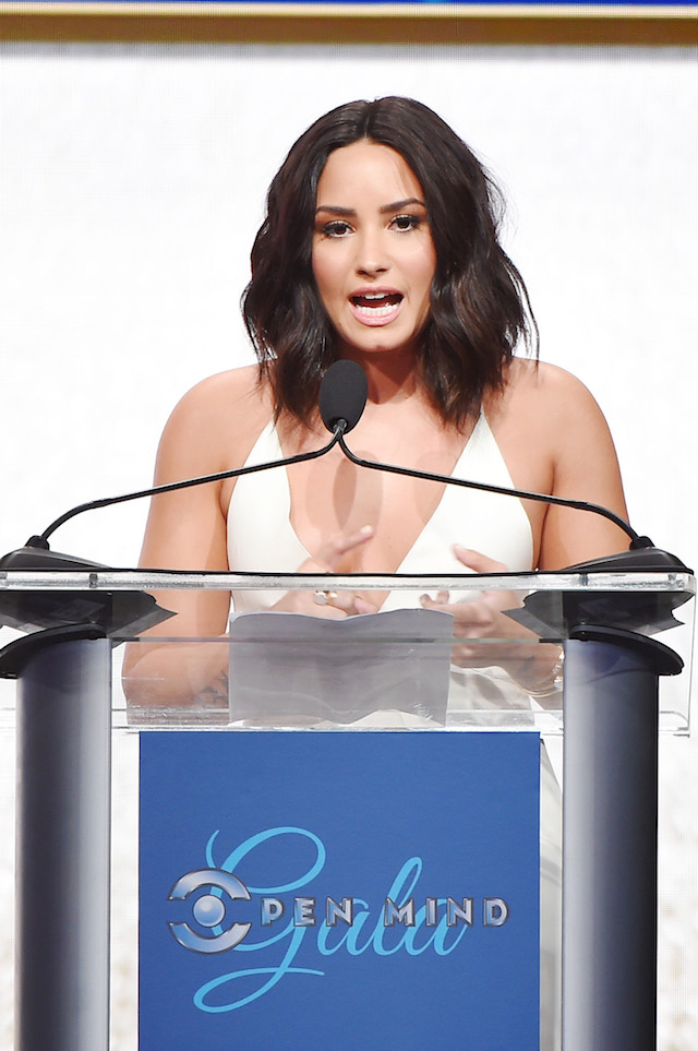 BEVERLY HILLS, CA - MARCH 22: Honoree Demi Lovato accepts the Artistic Award of Courage onstage during UCLA Semel Institute's 'Open Mind Gala' at The Beverly Hilton Hotel on March 22, 2017 in Beverly Hills, California. (Photo by Matt Winkelmeyer/Getty Images for UCLA Semel Institute )