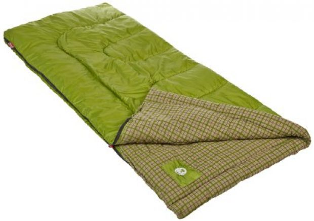Normally $46, this sleeping bag is 52 percent off today (Photo via Amazon)