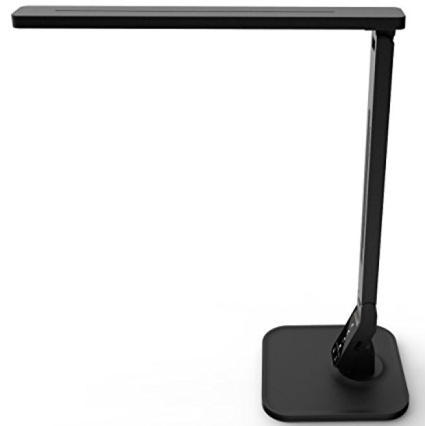 Normally $140, this desk lamp is 84 percent off (Photo via Amazon)
