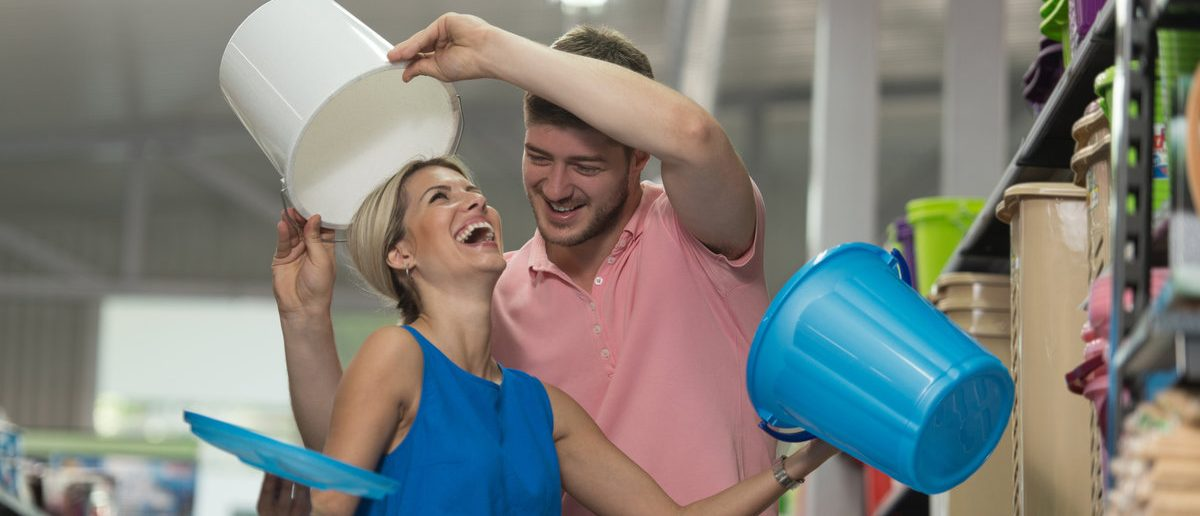 Beautiful Young Couple Shopping For Trash Can In Produce Department Of A Grocery Store - Supermarket - Shallow Deep Of Field (Shutterstock/Jasminko Ibrakovic)