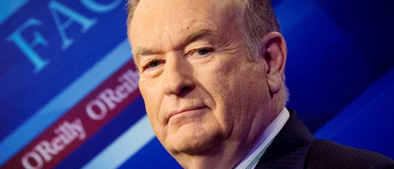 "FILE PHOTO - Fox News Channel host Bill O'Reilly poses on the set of his show ""The O'Reilly Factor"" in New York March 17, 2015. REUTERS/Brendan McDermid/File Photo"