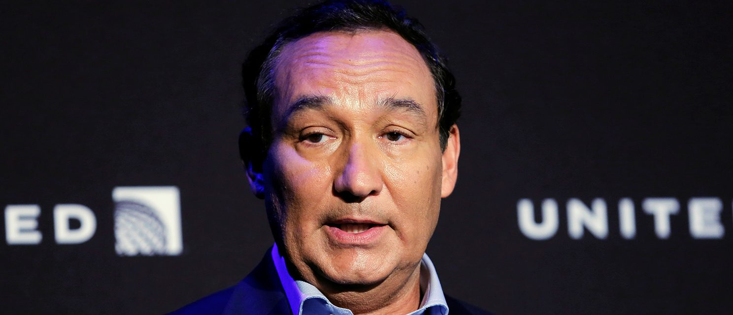 Chief Executive Officer of United Airlines Oscar Munoz introduces a new international business class dubbed United Polaris in New York, U.S. June 2, 2016. (PHOTO: REUTERS/Lucas Jackson)