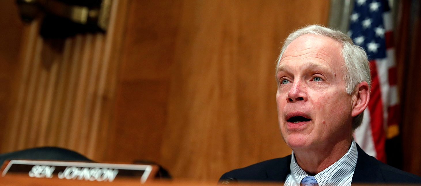 Chairman Senator Ron Johnson (R-WI) speaks prior to Homeland Security Secretary John Kelly testifying before a Senate Homeland Security and Governmental Affairs hearing on border security on Capitol Hill in Washington, D.C., U.S., April 5, 2017. (PHOTO: REUTERS/Aaron P. Bernstein)