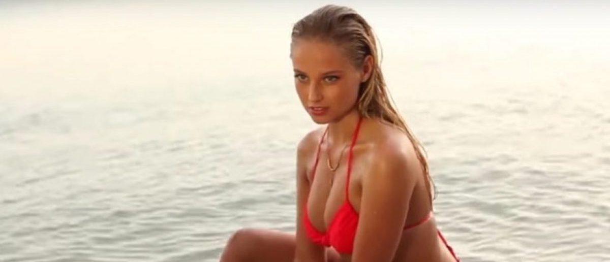 Genevieve Morton (Credit: Screenshot/Youtube Sports Illustrated Swimsuit)