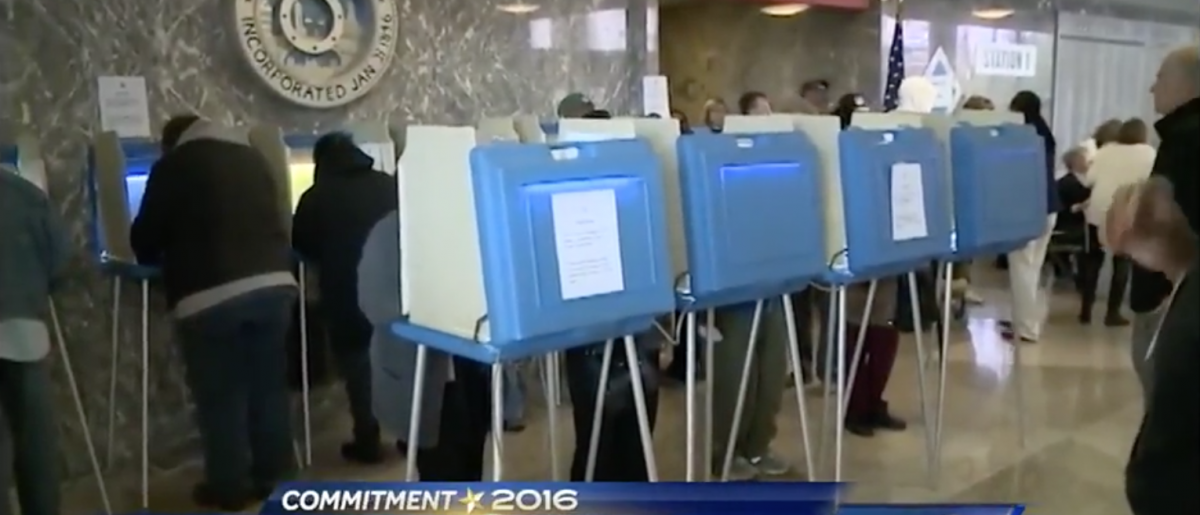 Kansas voters at the polls in 2016 (KMBC 9 screen shot)