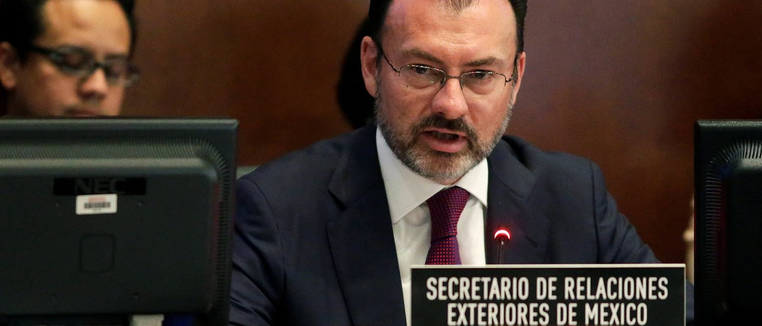 Mexican Foreign Minister Luis Videgaray speaks to the Permanent Council of the Organization of American States (OAS) about the upcoming OAS General Assembly in Washington, U.S., April 5, 2017.      (PHOTO: REUTERS/Joshua Roberts)