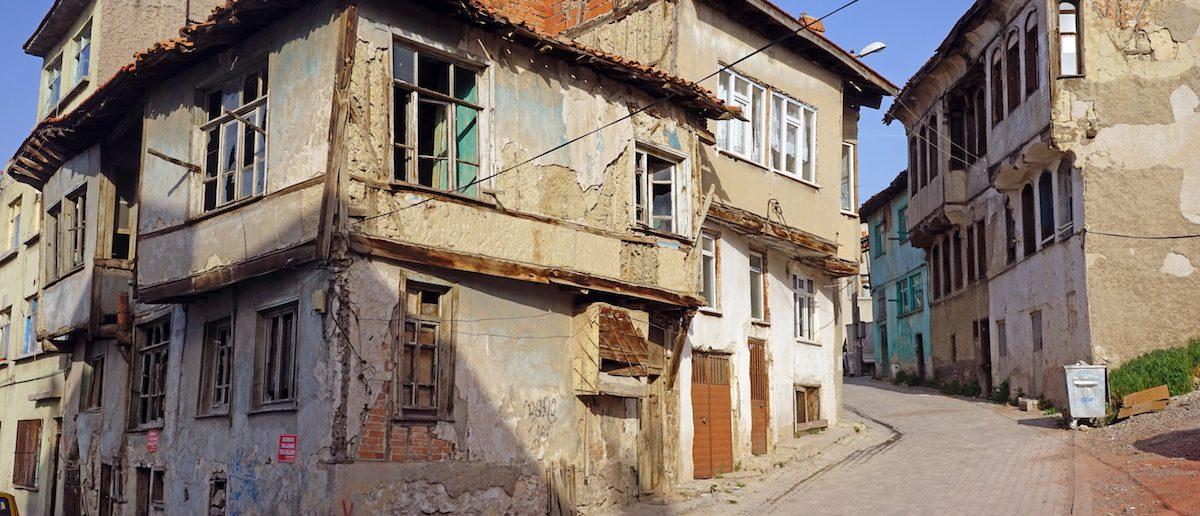 A dilapidated house. (Shutterstock/Liudmila Parova)