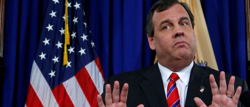 FILE PHOTO: New Jersey Governor Chris Christie reacts to a question during a news conference in Trenton, New Jersey, U.S. on March 28, 2014. REUTERS/Eduardo Munoz/File Photo
