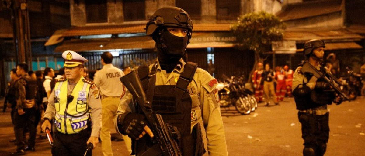 Police guard at scene of an explosion in Jakarta, Indonesia.    REUTERS/Darren Whiteside