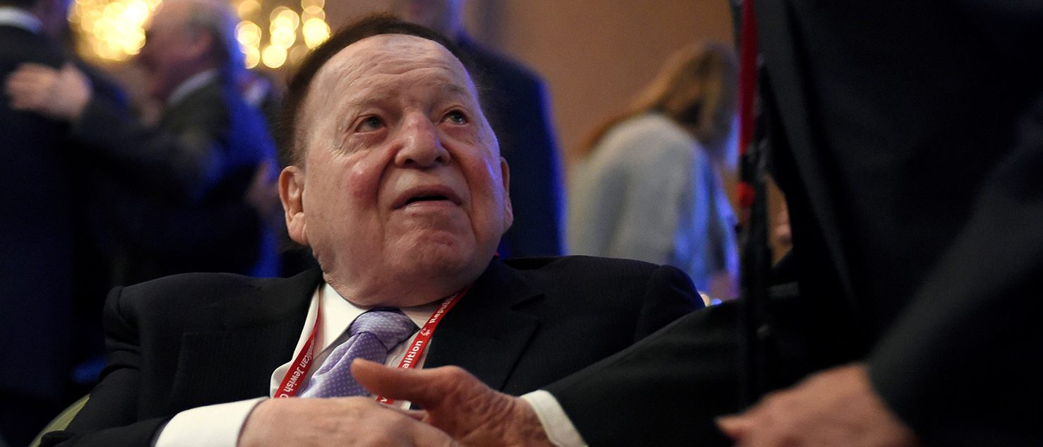 Las Vegas Sands Corp. Chairman and CEO Sheldon Adelson greets guests before U.S. Vice President Mike Pence speaks at the Republican Jewish Coalition's annual meeting in Las Vegas, Nevada February 24, 2017. (PHOTO: REUTERS/David Becker)