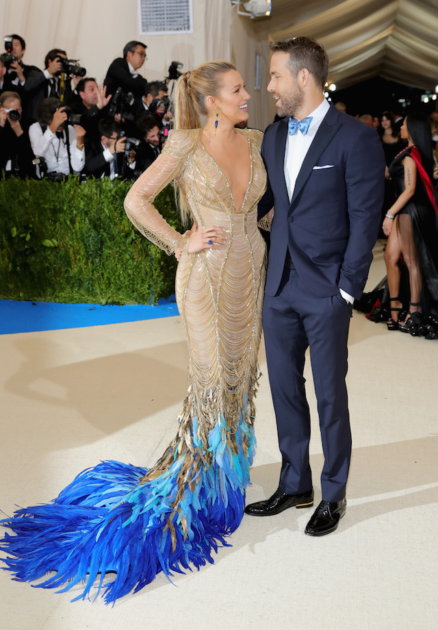 """NEW YORK, NY - MAY 01: Blake Lively (L) and Ryan Reynolds attend the """"Rei Kawakubo/Comme des Garcons: Art Of The In-Between"""" Costume Institute Gala at Metropolitan Museum of Art on May 1, 2017 in New York City. (Photo by Neilson Barnard/Getty Images)"""