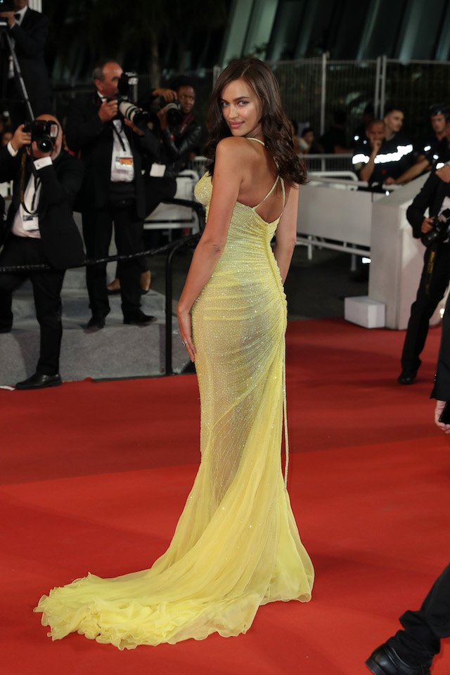 """CANNES, FRANCE - MAY 23: Irina Shayk attends the """"Hikari (Radiance)"""" screening during the 70th annual Cannes Film Festival at Palais des Festivals on May 23, 2017 in Cannes, France. (Photo by Neilson Barnard/Getty Images)"""