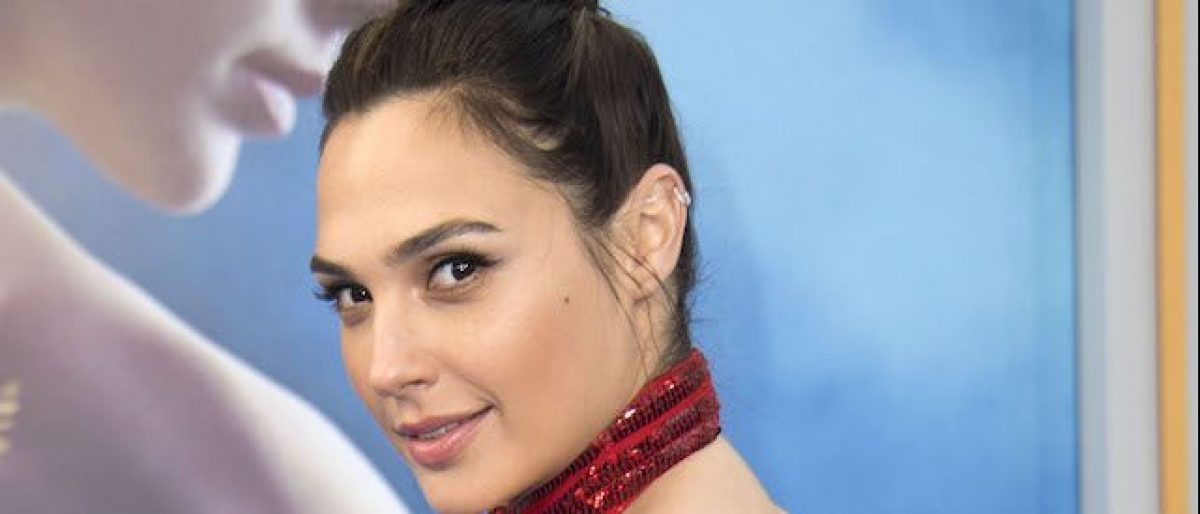 "Actress Gal Gadot attends the world premiere of ""Wonder Woman"" at the Pantages on May 25, 2017 in Hollywood, California. (Photo: VALERIE MACON/AFP/Getty Images)"