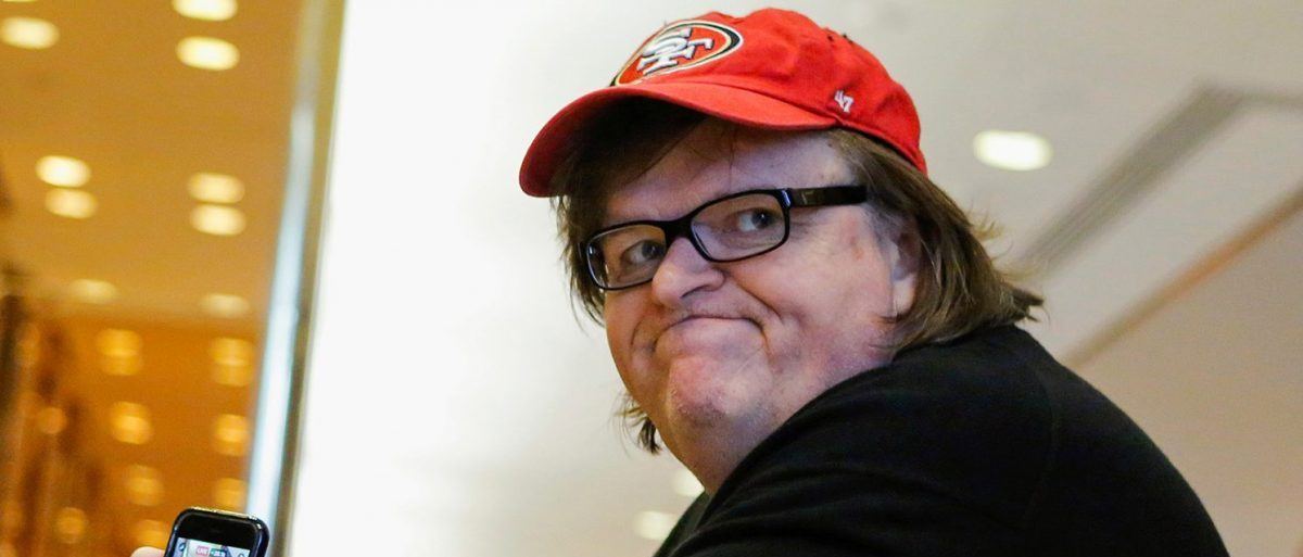 Filmmaker Michael Moore arrives at Republican president-elect Donald Trump's Trump Tower in New York, U.S. November 12, 2016. (PHOTO: REUTERS/Eduardo Munoz)