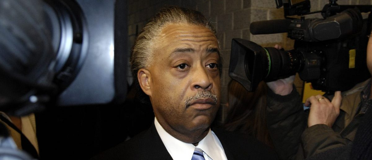 Rev. Al Sharpton arrives for his radio show in New York, April 9, 2007, for an interview with radio talk-show host Don Imus who made insensitive remarks last week about the Rutgers women's basketball team. REUTERS/Chip East (UNITED STATES) - RTR1OH3L