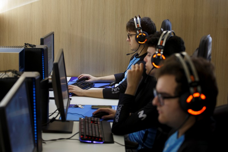 """Members of Movistar Riders ESports team train """"League of Legends"""" video game at Movistar ESports Center in Madrid, Spain, May 31, 2017. Picture taken May 31, 2017.  REUTERS/Sergio Perez"""