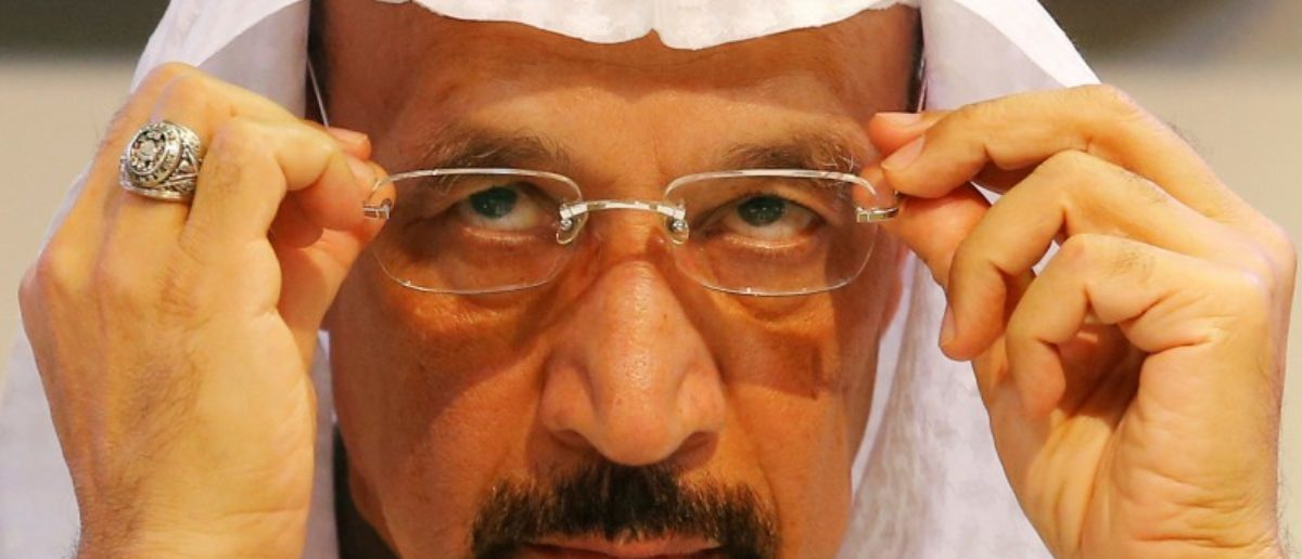 FILE PHOTO: Saudi Arabia's Energy Minister Khalid al-Falih adjusts his glasses during a news conference after a meeting of the Organization of the Petroleum Exporting Countries (OPEC) in Vienna, Austria, December 10, 2016. REUTERS/Heinz-Peter Bader/File Photo