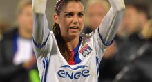 Alex Morgan celebrating the end of her season (Photo: Getty)
