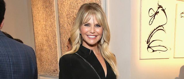 NEW YORK, NY - JUNE 07: Christie Brinkley attends the 2017 Stephan Weiss Apple Awards on June 7, 2017 in New York City. (Photo by Monica Schipper/Getty Images for Urban Zen Foundation)