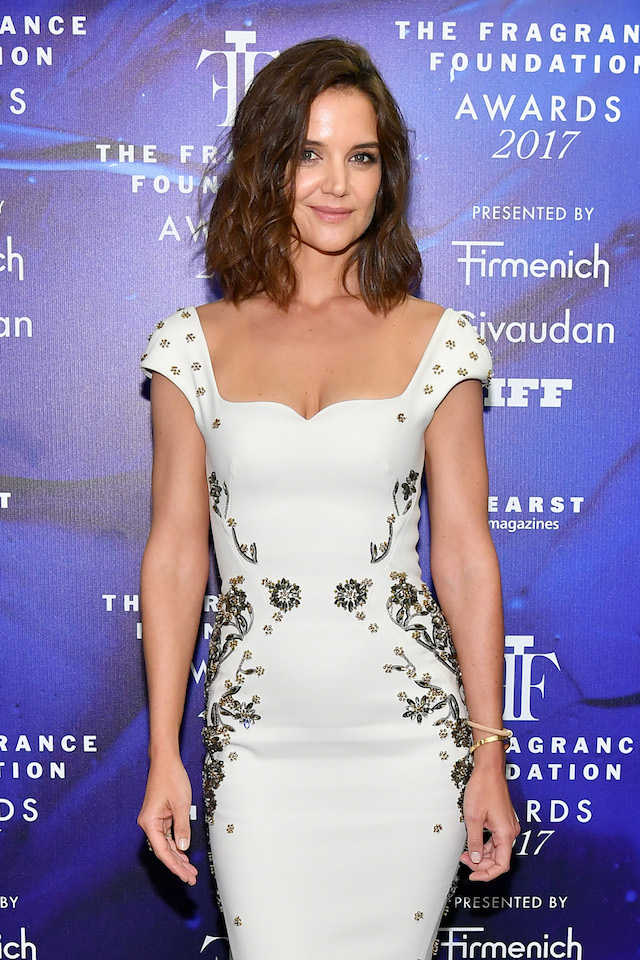 NEW YORK, NY - JUNE 14: Katie Holmes poses backstage at the 2017 Fragrance Foundation Awards Presented By Hearst Magazines at Alice Tully Hall on June 14, 2017 in New York City. (Photo by Dia Dipasupil/Getty Images for Fragrance Foundation)