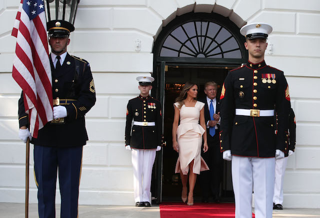 WASHINGTON, DC - JUNE 29: U.S. President Donald Trump (R) and first lady Melania Trump (L) walk out to welcome South Korean President Moon Jae-in and his wife Kim Jung-sook at the South Portico of the White House June 29, 2017 in Washington, DC. President Moon is on a three-day visit in Washington. (Photo by Alex Wong/Getty Images)