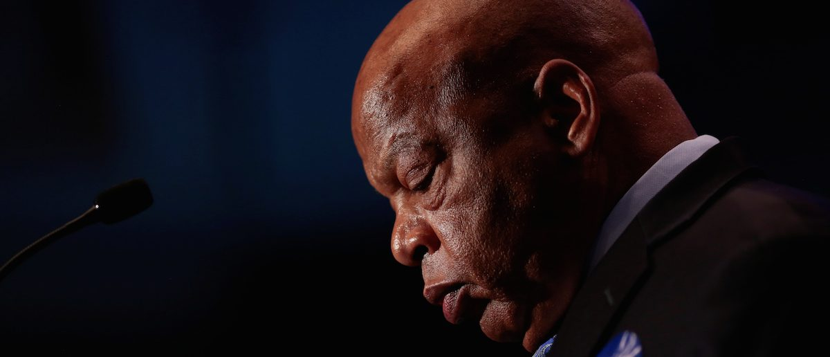 Congressman John Lewis addresses supporters of Democrat Jon Ossoff as they wait for the poll numbers to come in for Georgia's 6th Congressional District special election in Atlanta, Georgia, June 20, 2017. REUTERS/Chris Aluka Berry