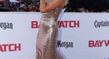 Anderson on the remake of Baywatch's red carpet (Photo: Reuters)