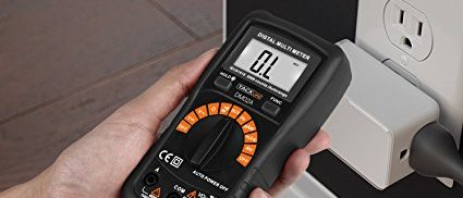 This digital multimeter automatically gives alert when NCV sensing area detected voltage over 90 V (Photo via Amazon)