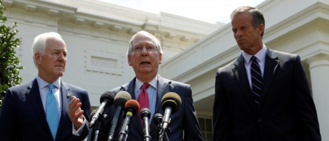 Senate Majority Leader Mitch McConnnell (C) and Senate Majority Whip John Cornyn (L) and South Dakota Senator John Thune (R) speak to reporters after U.S. President Donald Trump's meeting with Senate Republicans to discuss healthcare at the White House in Washington, U.S., July 19, 2017. REUTERS/Kevin Lamarque
