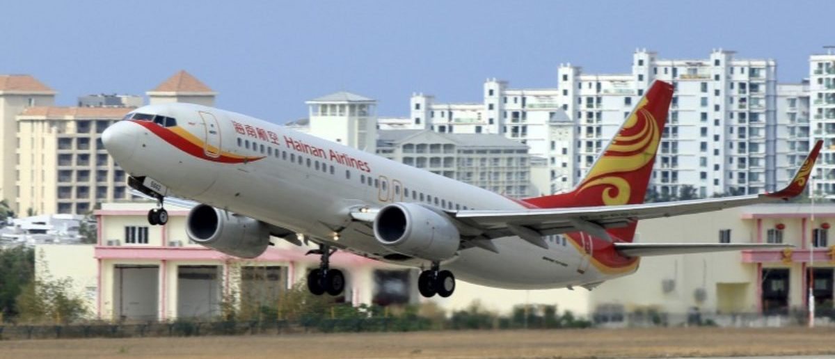 FILE PHOTO: A Hainan Airlines plane takes off from the Sanya Phoenix International Airport in Sanya, Hainan province, China, May 1, 2015. REUTERS/Stringer/File Photo