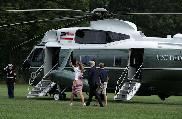 WASHINGTON, DC - JUNE 30: U.S. President Donald Trump, first lady Melania Trump and son Barron Trump walk on the South Lawn prior to a Marine One departure at the White House June 30, 2017 in Washington, DC. President Trump is spending the weekend with his family in Bedminster, New Jersey. (Photo by Alex Wong/Getty Images)