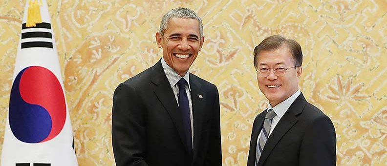 SEOUL, SOUTH KOREA - JULY 03: In this handout photo released by the South Korean Presidential Blue House, Former U.S. President Barack Obama shakes hands with South Korean President Moon Jae-in during their meeting at the presidential Blue House on July 3, 2017 in Seoul, South Korea. Obama is in South Korea to attend anAsian Leadership conference in Seoul. (Photo by South Korean Presidential Blue House via Getty Images)