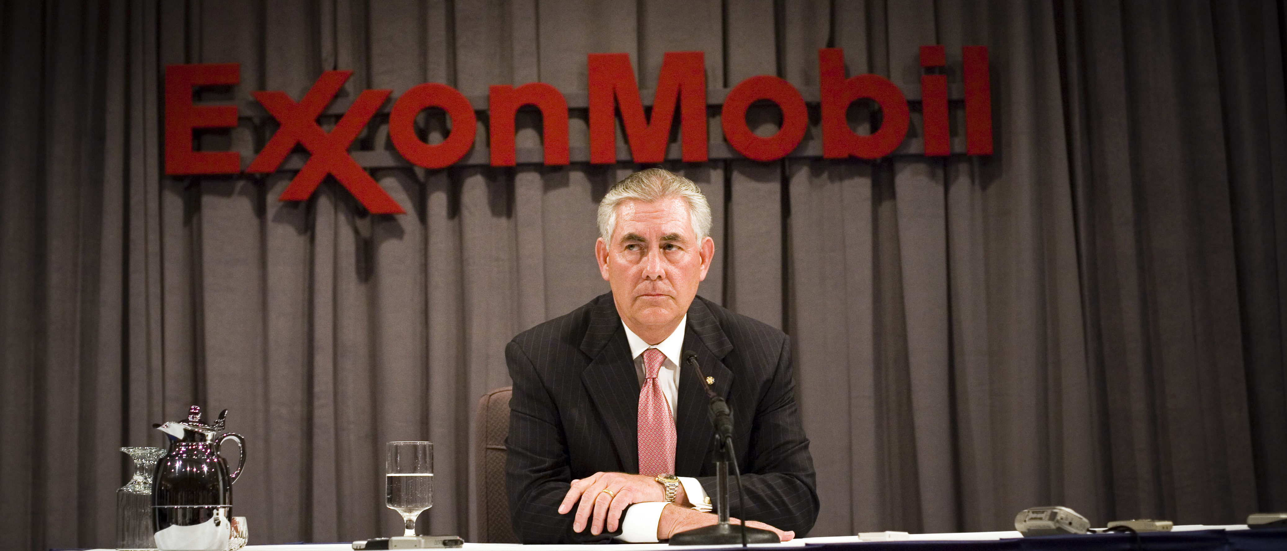 ExxonMobil Chairman Rex Tillerson speaks at ExxonMobil annual shareholders meeting in 2008 (Photo by Brian Harkin/Getty Images)