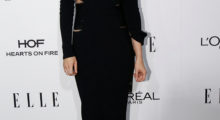 Kristen poses for the camera (Photo Credit: REUTERS)