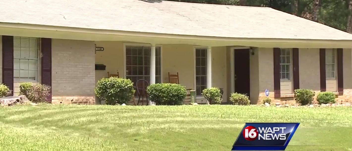 Officer Jenkins' home (screenshot/WAPT News)