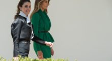 US First Lady Melania Trump(R) and Queen Rania of Jordan walk through the White House colonnade in Washington, DC, on April 5, 2017. / AFP PHOTO / NICHOLAS KAMM        (Photo credit: NICHOLAS KAMM/AFP/Getty Images)