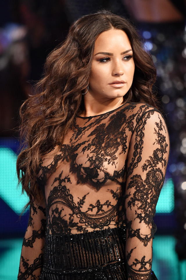 INGLEWOOD, CA - AUGUST 27: Demi Lovato attends the 2017 MTV Video Music Awards at The Forum on August 27, 2017 in Inglewood, California. (Photo by Frazer Harrison/Getty Images)