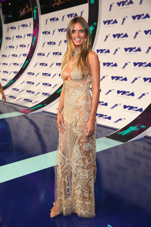 INGLEWOOD, CA - AUGUST 27: Heidi Klum attends the 2017 MTV Video Music Awards at The Forum on August 27, 2017 in Inglewood, California. (Photo by Phillip Faraone/Getty Images)